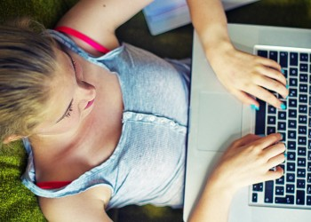 How to Teach Kids About Social Networks