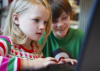 Social Media and Kids: Expert Safety Tips