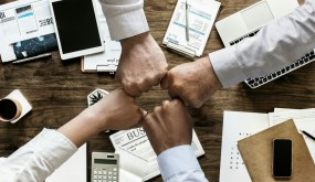 Teamwork: Why it Pays to Partner with Competitors